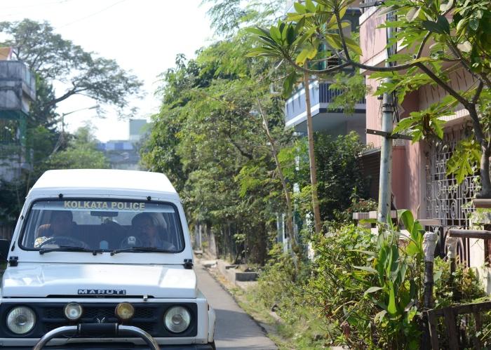 Kolkata Police patrolling a posh neighbourhood.