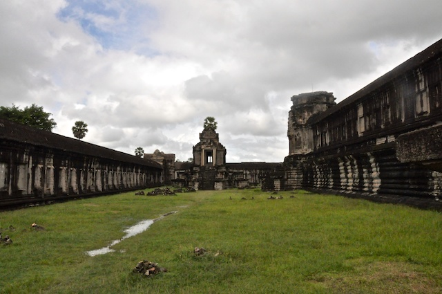 The huge size of Angkor Wat means that there are desolate places like this to experience its surreal beauty.
