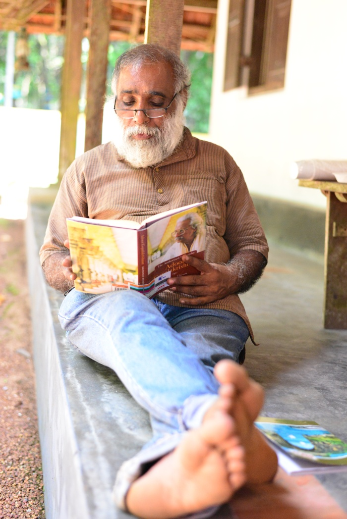 Reading Adoor while filming Adoor!