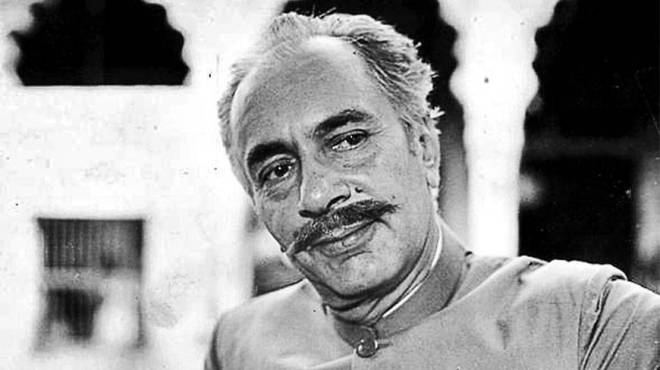 Balraj Sahni as Salim Mirza, his last and finest performance.
