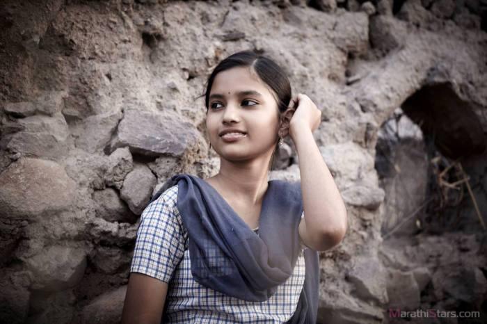 fandry-movie-actress-rajeshwari-kharat-as-shalu